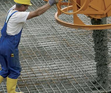 Constructeur en béton armé